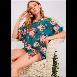 A Girl Thing Tops - Green Floral Ruffle Sleeve Top